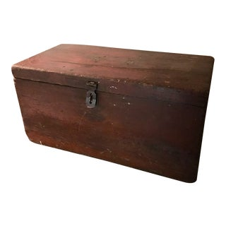 1910s Primitive Country Trunk with Iron Latch For Sale