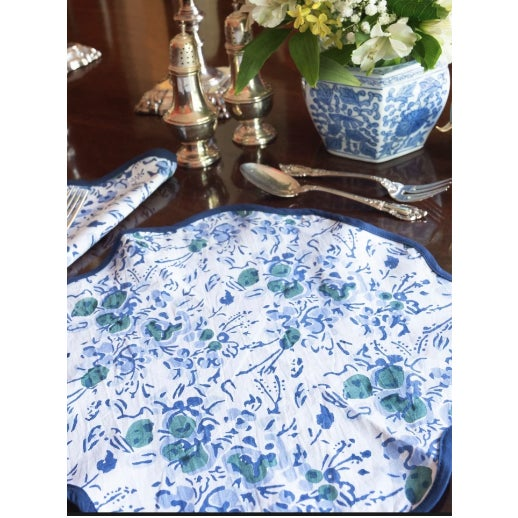 Heidi's placemats are the perfect table accessory to elevate any table setting. Featuring her signature elegant scalloped...