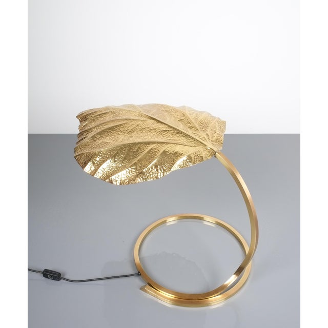 Mid-Century Modern Large Pair of Refurbished Brass Rhubarb Table Lamp Tommaso Barbi, Italy, 1970 For Sale - Image 3 of 9