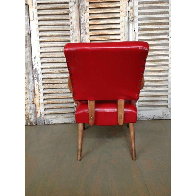 American 1950s Red Vinyl Armchair - Image 6 of 8