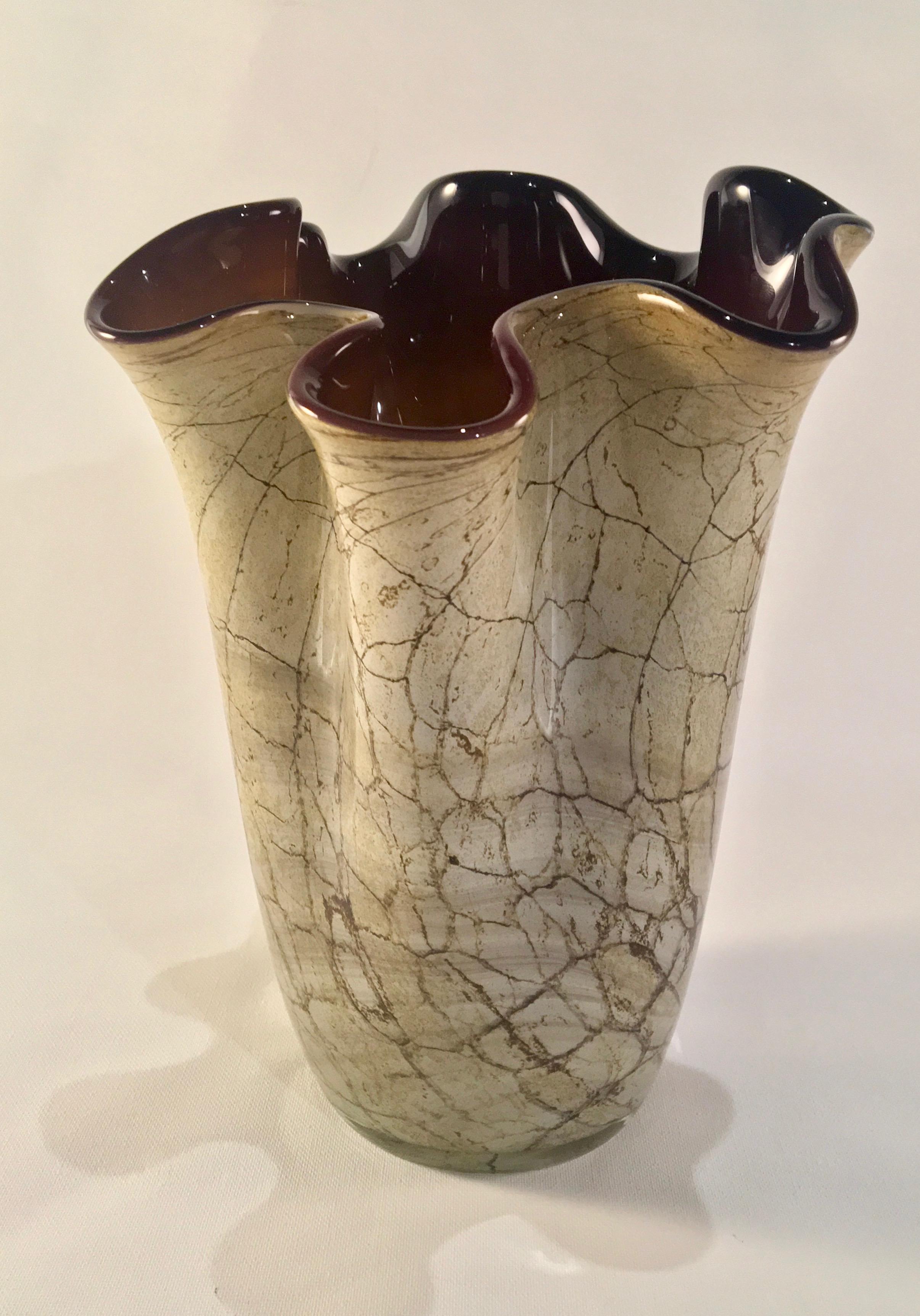Vintage Jozefina Krosno Handkerchief Vase in Hand-Blown ... Ruffled Handkerchief Glass Vases Bedford, A
