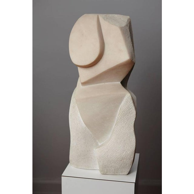 "Dolores Singer ""Artemis"" Modern Portuguese Pink Marble Sculpture by Dolores Singer, 1990 For Sale - Image 4 of 11"