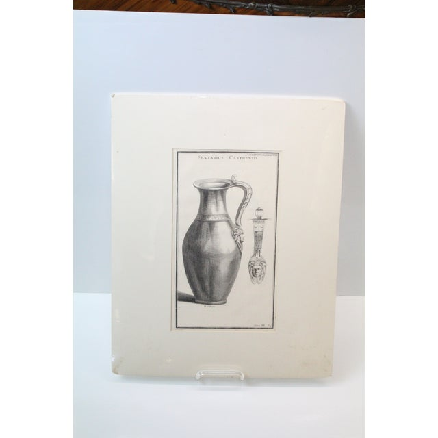 Early 18th Century Antique Urns and Vases of Ancient Times Engraving Print For Sale In New York - Image 6 of 7