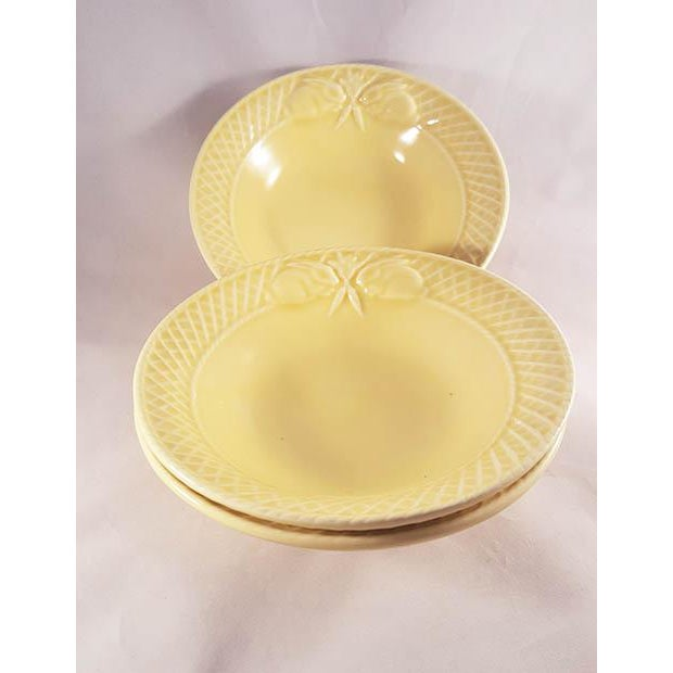 19th Century Mid-Century Modern Bordallo Penheiro Majolica Yellow Rabbit Bowls - Set of 4 For Sale In Los Angeles - Image 6 of 6