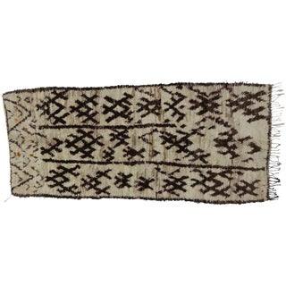 Berber Moroccan Rug - 4'9 x 10'10 For Sale