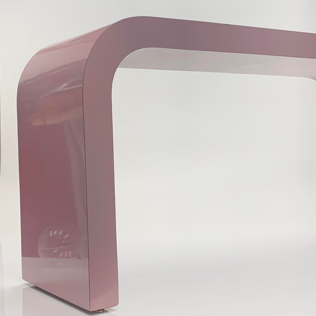 Memphis Group 1980s Postmodern Light Mauve Waterfall Console Table For Sale - Image 4 of 8
