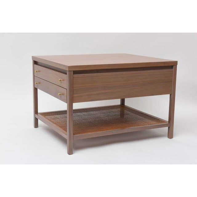 Mid-Century Modern Paul McCobb Greige Walnut Side Table for Calvin For Sale - Image 3 of 10