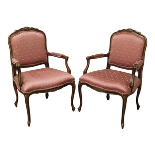 Ethan Allen French Country Louis XV Style Pair Armchairs For Sale