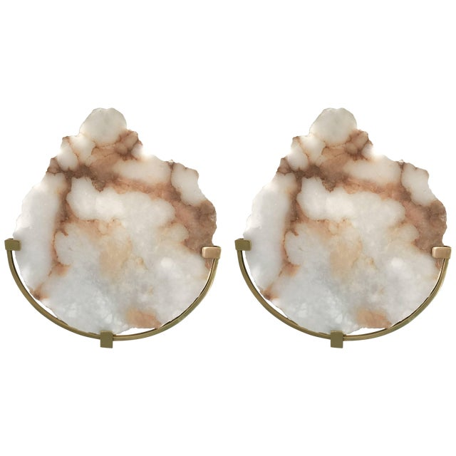 Contemporary Pair of Sconces Alabaster and Brass. Italy, 2017 For Sale