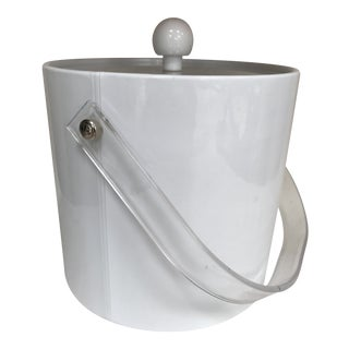 Mid-Century Modern Whie Ice Bucket With Lucite Handle and Lid For Sale