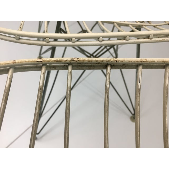 Authentic Vintage White Wire Eiffel Chairs by Charles Eames for Herman Miller - Set of 3 For Sale - Image 10 of 12