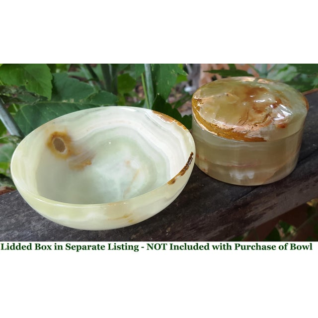 Gemstone Light Green and Caramel Brown Onyx Marble Stone Bowl- Deco to Boho, Classic to Mid Century For Sale - Image 7 of 8
