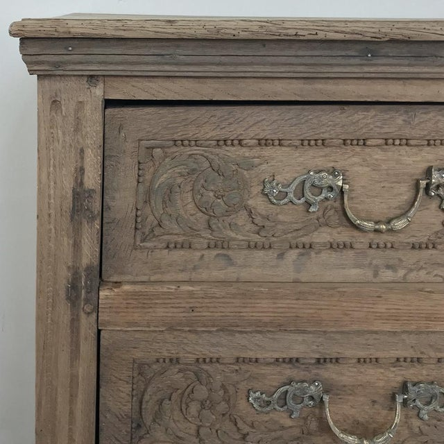 Late 18th Century 18th Century French Louis XVI Stripped Oak Commode For Sale - Image 5 of 13