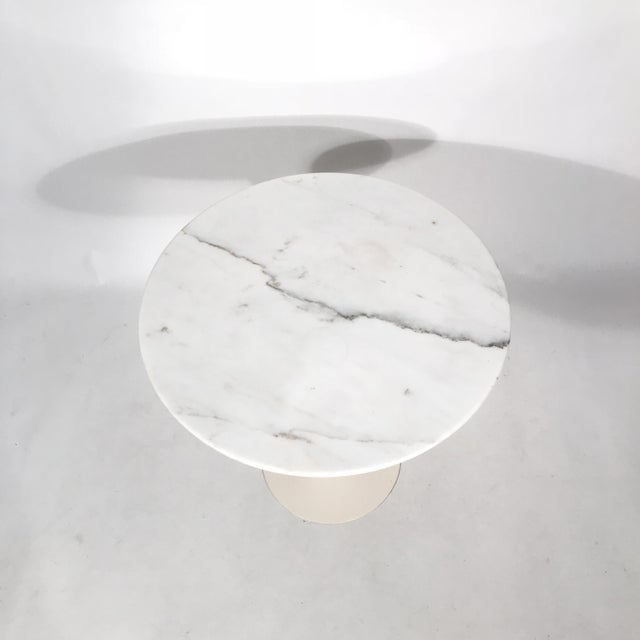 Mid-Century Modern Saarinen Round Marble Side Table For Sale - Image 3 of 5