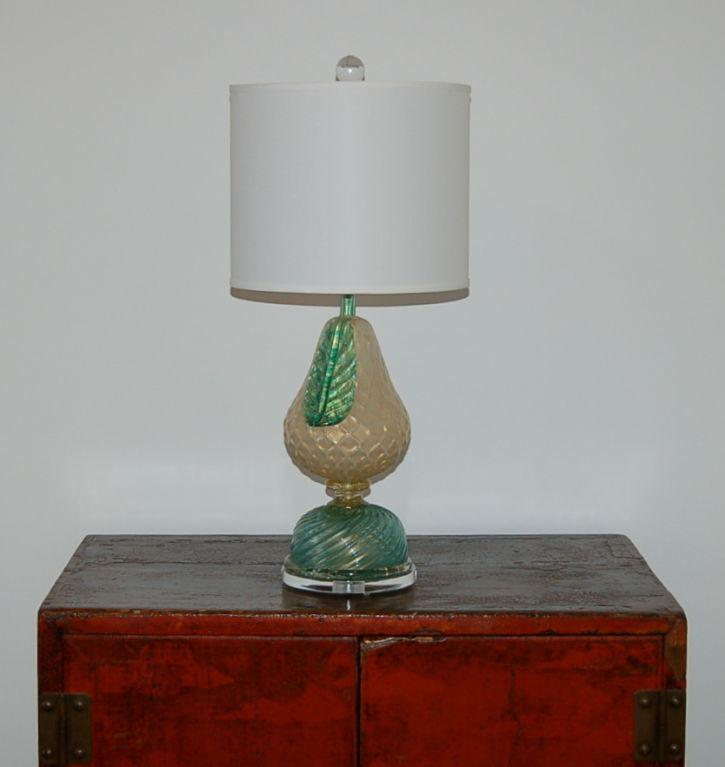 Vintage Barovier U0026 Toso Murano Opaline Glass Table Lamp White/Gold For Sale  In Little