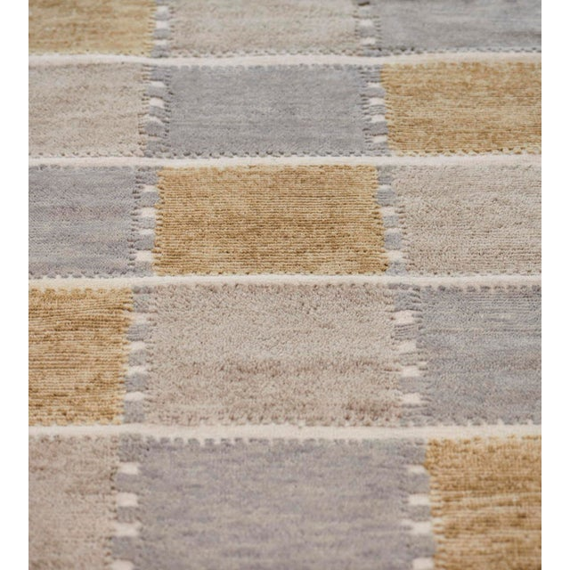 Mid-Century Modern Handwoven Swedish Inspired Flatweave Wool Rug For Sale - Image 3 of 8