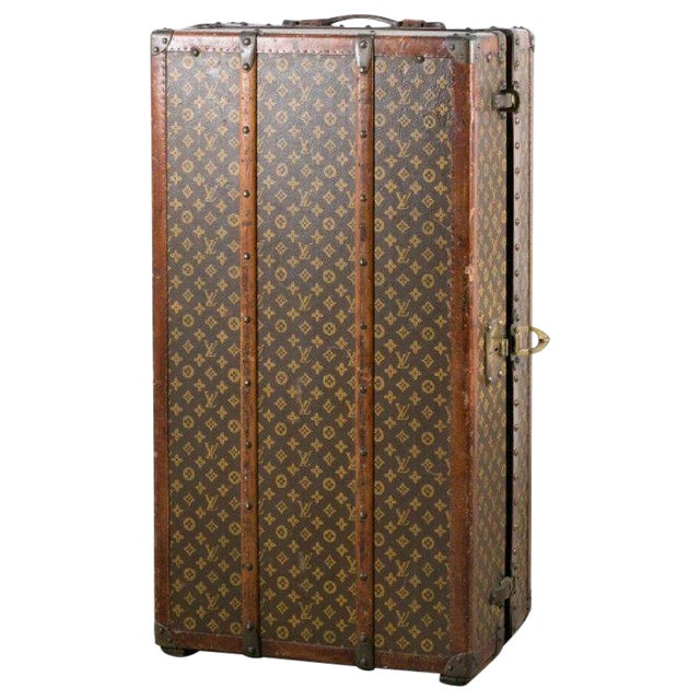 Louis Vuitton Trunk Steamer Wardrobe Trunk Interior Fitted John Wanamaker Label For Sale