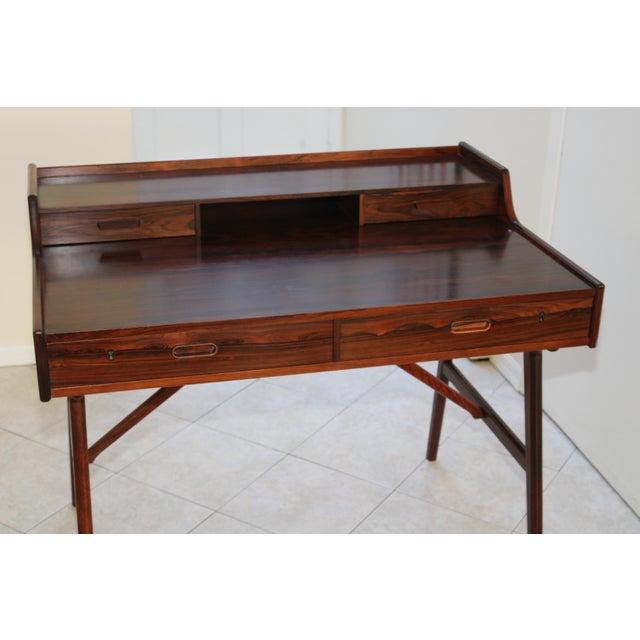 Danish Modern Vintage Arne Wahl Iversen Model 64 Rosewood Vinde Mobelfabrik Desk For Sale - Image 3 of 13