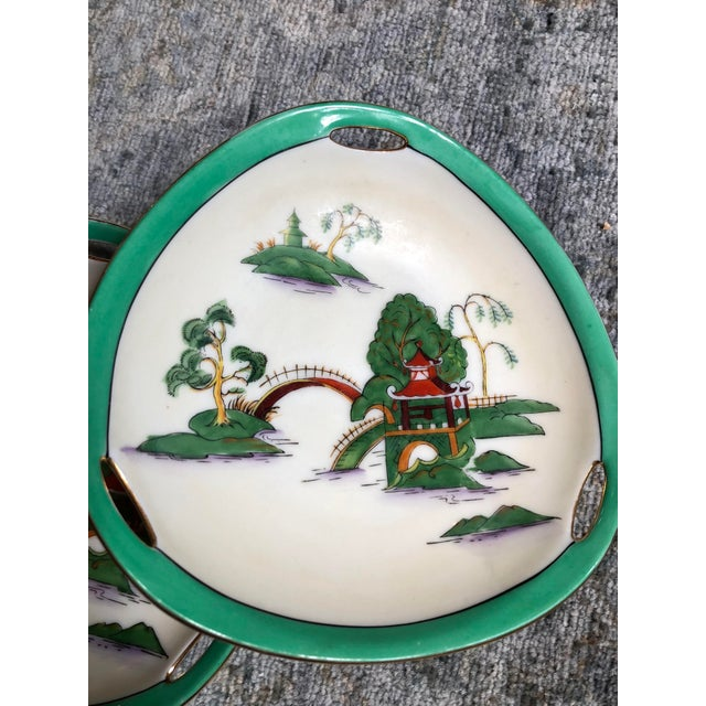 Asian Midcentury Pair of Chinoiserie Noritake Triangular Plates With Handles For Sale - Image 3 of 13