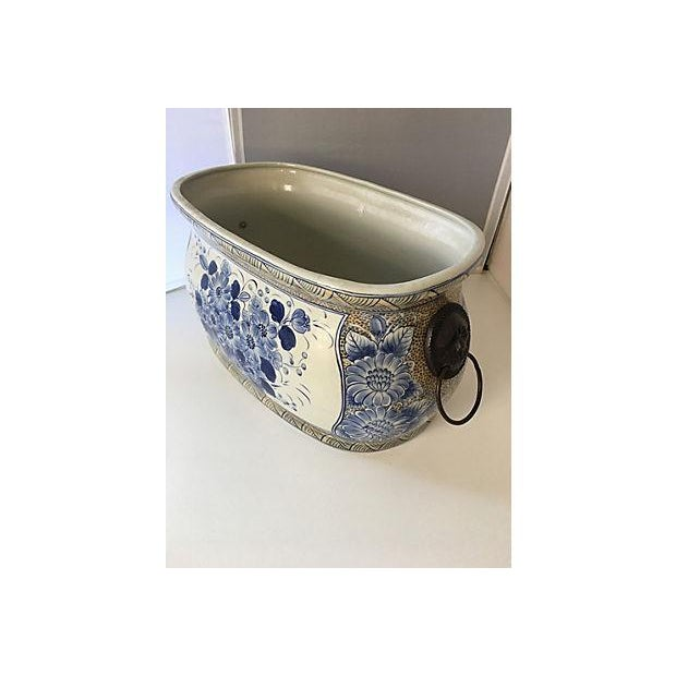 Maitland-Smith Chinoiserie Blue & White Planter For Sale - Image 5 of 5
