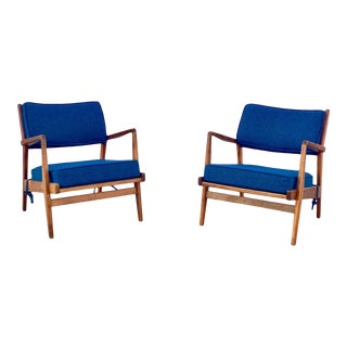 Mid Century Modern Jens Risom Lounge Chairs - a Pair For Sale