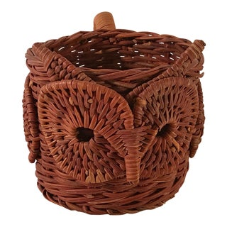 20th Century Shabby Chic Wicker Owl Cup Mug Holder For Sale