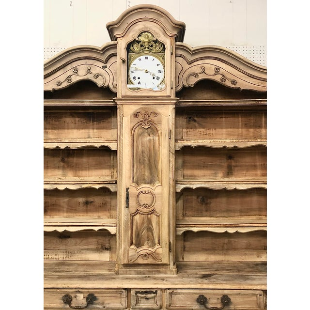 Mid 19th Century French Louis XV Bleached Walnut Vaisselier Clock For Sale - Image 4 of 8
