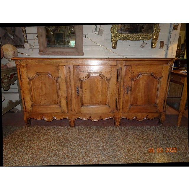 French Louis XV Walnut Enfilade For Sale - Image 13 of 13
