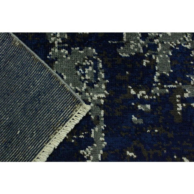 Silk Abstract Modern Terisa Blue/Ivory Wool&Silk Rug - 4'2 X 6'5 For Sale - Image 7 of 8