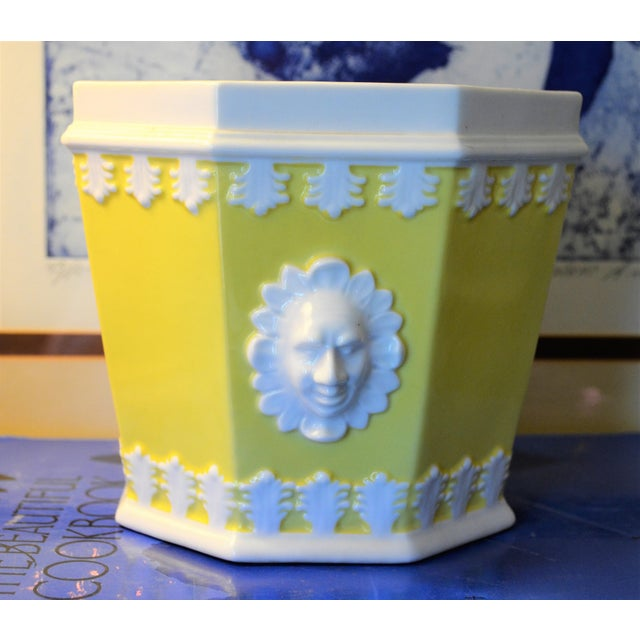 1980s 1980s Vintage Mottahedeh Lemon & White Porcelain Cachpot For Sale - Image 5 of 10