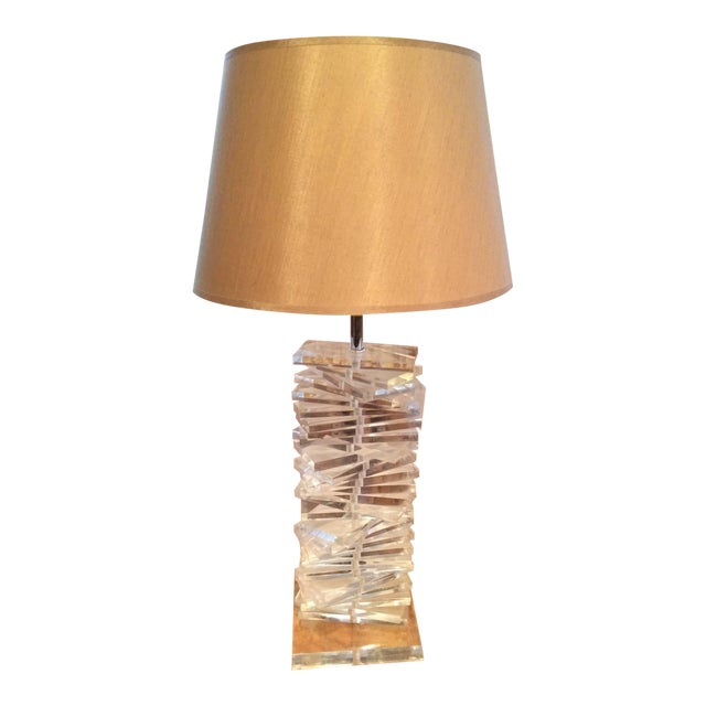 Hollywood Regency Sculptural Helix Lucite Lamp For Sale - Image 11 of 11