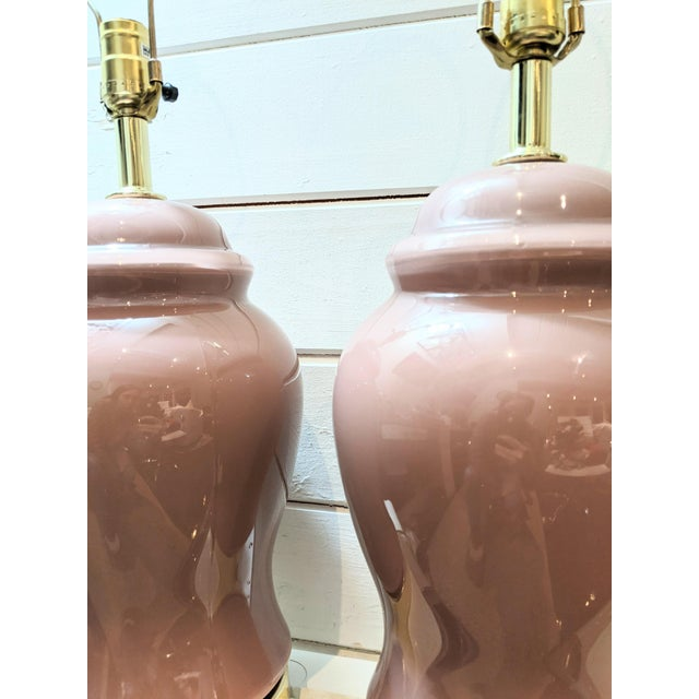 Vintage 1980s Mauve Glazed Ceramic Ginger Jar Table Lamps - a Pair For Sale - Image 4 of 5