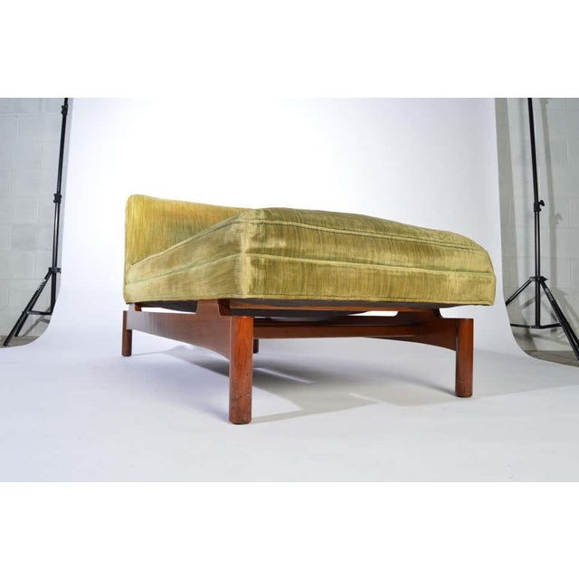 Lehigh Furniture Company Important Gerald Luss for Lehigh Chaise Lounge Chair in Walnut, Circa 1950 For Sale - Image 4 of 11