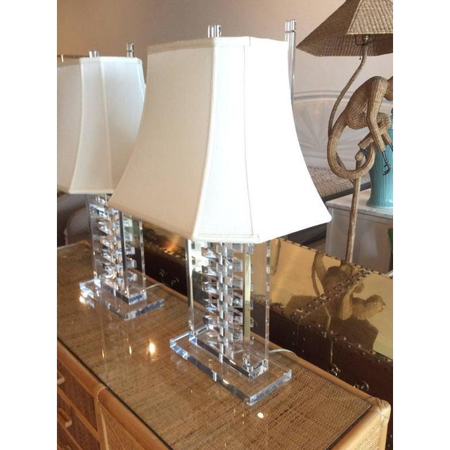 Transparent Hollywood Regency Lucite Stacked Table Lamps - a Pair For Sale - Image 8 of 11