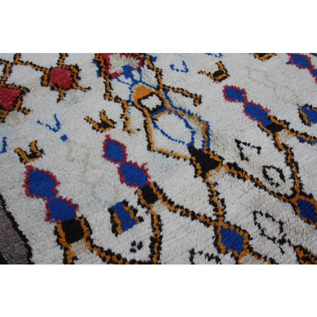 Abstract Expressionism Vintage Moroccan Rug - 7'8'' x 4' For Sale - Image 3 of 4