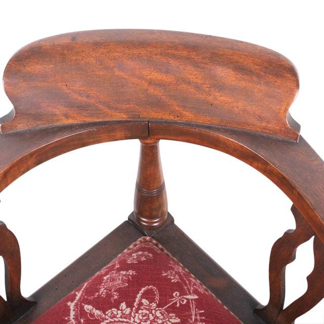 Red & White Toile Mahogany Corner Chair - Image 4 of 5