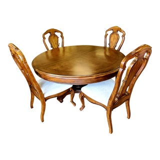 Thomasville Furniture Ernest Hemingway Rift Valley Round Dining Table and Chair Set For Sale