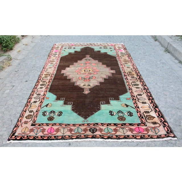 1980s Vintage Handmade Double-Knotted Turkish Rug - 9' 6'' X 5' 11'' For Sale - Image 13 of 13