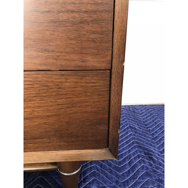 1960s Mid Century Modern Broyhill Premier Accent Line Hutch For Sale In New York - Image 6 of 13