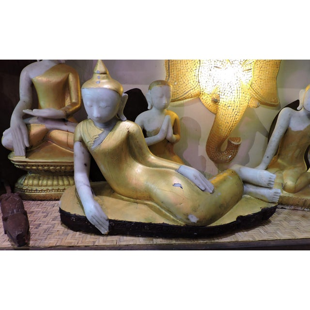 17th Century Reclining Alabaster Gilded Inwa For Sale - Image 5 of 5