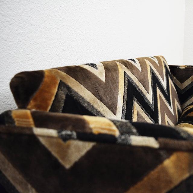 Mid-Century Modern Mid Century Milo Baughman Style Case Sofa For Sale - Image 3 of 13