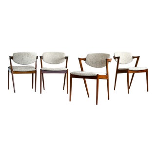 Kai Kristiansen Model 42 Rosewood Dining Chairs Danish Midcentury - Set of 4 For Sale