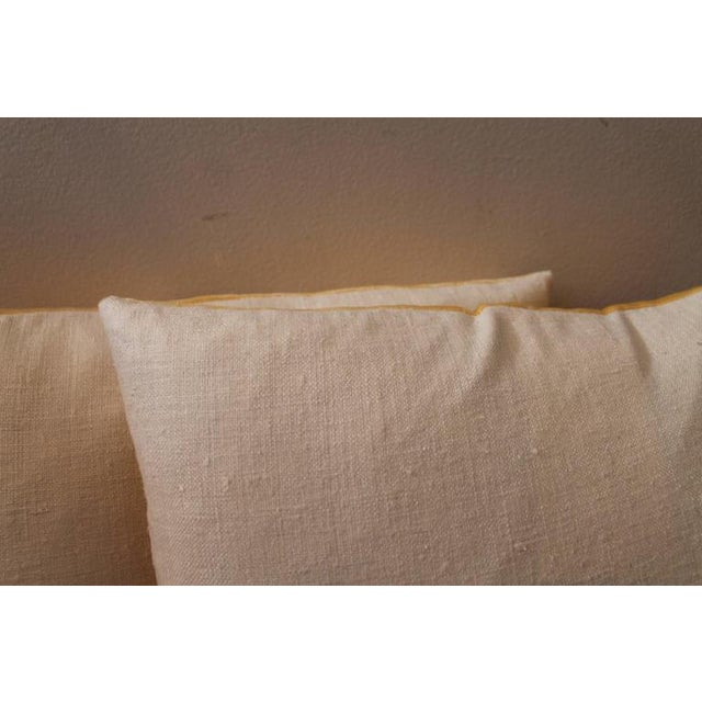 White Pair of Golden Yellow Velvet Pillows For Sale - Image 8 of 8