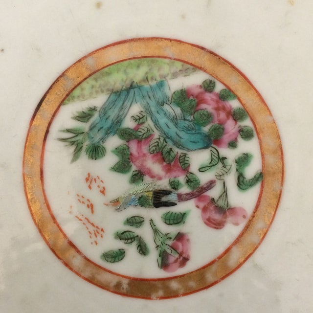 A Chinese export bowl with colorful famille rose design and decoration. The bowl is in great condition.