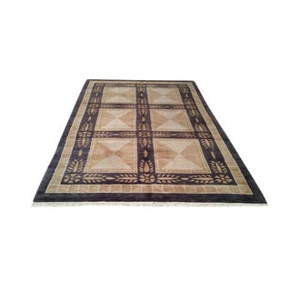 Aubusson Design Tibetan Handmade Knotted Rug - 5′5″ X 8′5″ - Size Cat. 5x8 6x9 For Sale