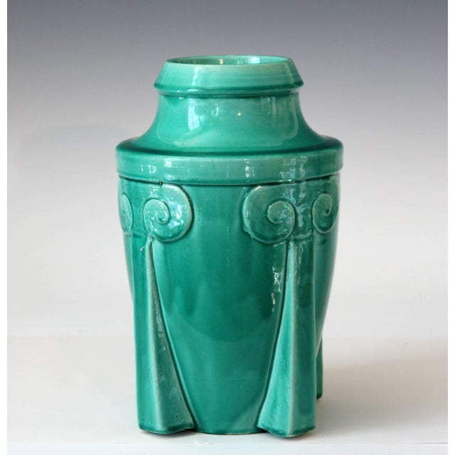 Vintage Awaji pottery vase in Art Deco rocket form with soothing turquoise green monochrome glaze, circa 1920. Measures:...