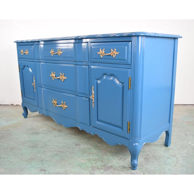 French Provincial 19th Century French Provincial Thomasville Blue Sideboard For Sale - Image 3 of 13