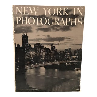 1964 Vintage New York in Photographs Magazine For Sale