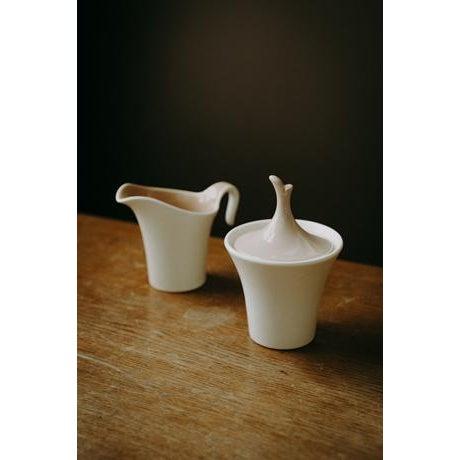 White Minimal Ceramic Cream and Sugar Set For Sale - Image 8 of 8