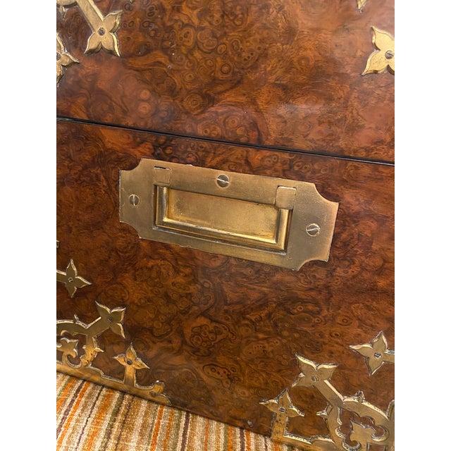 Antique English Burled Walnut Tantalus - 5 Piece Set For Sale - Image 10 of 12